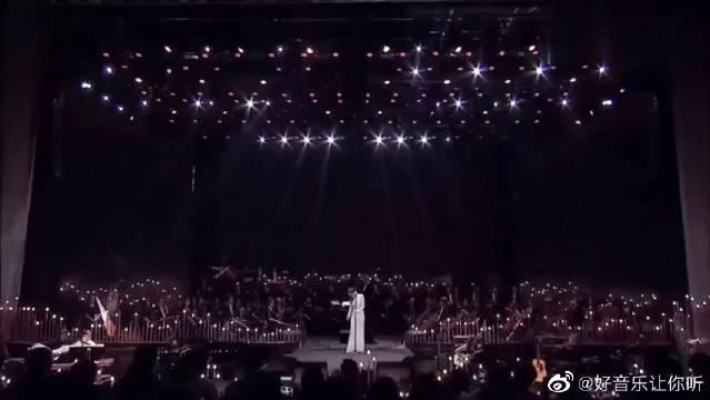张靓颖翻唱《第五元素插曲》,这是世界上最难唱的歌曲之一