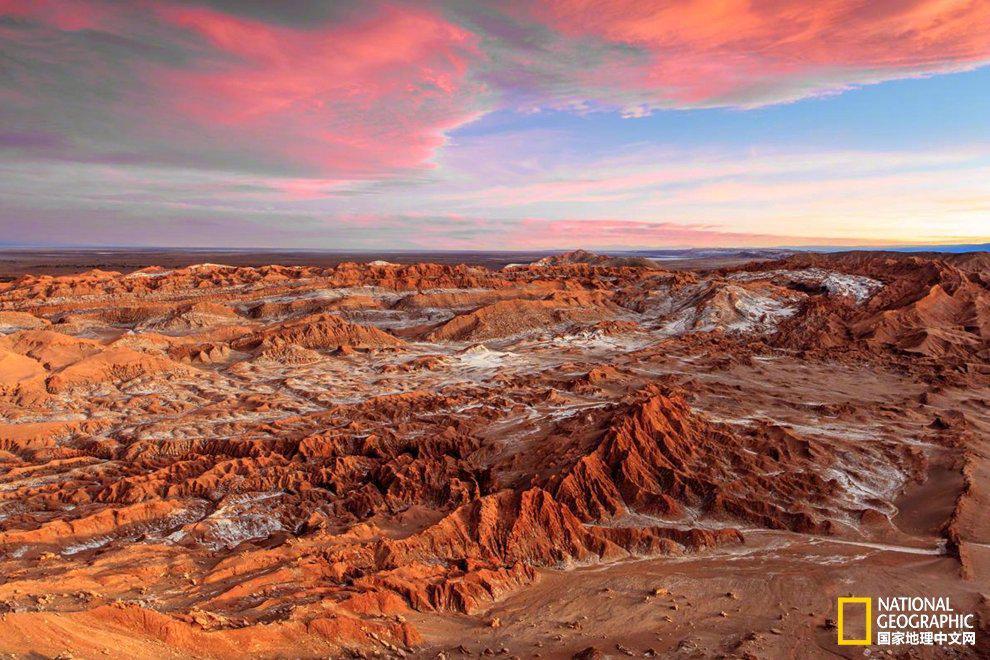 智利阿塔卡马沙漠是世界最为干燥的地区之一