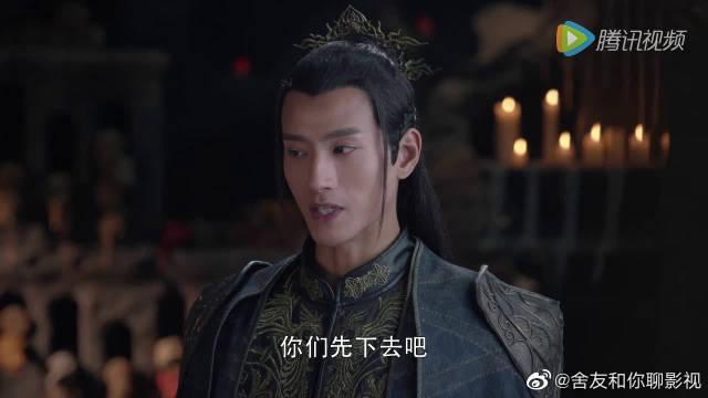 和周艺轩在一起的陈梦瑶演过《莽荒纪》,陈梦瑶向张峻宁告密
