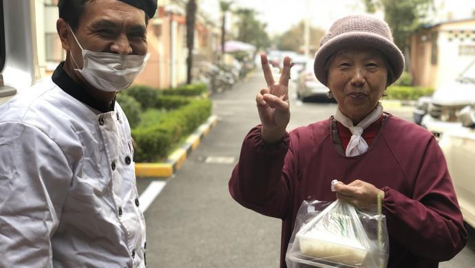 """上海医护人员驰援武汉后,家中老小收到救急""""爱心餐""""……图片"""