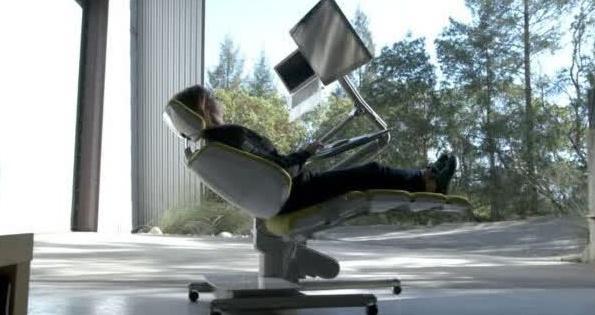 躺着上班上学不是梦,Altwork变形桌让你想躺就躺想坐就坐