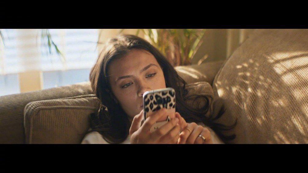 宝丽来 Polaroid Now 拍立得相机广告片分享  如果停下来想一想