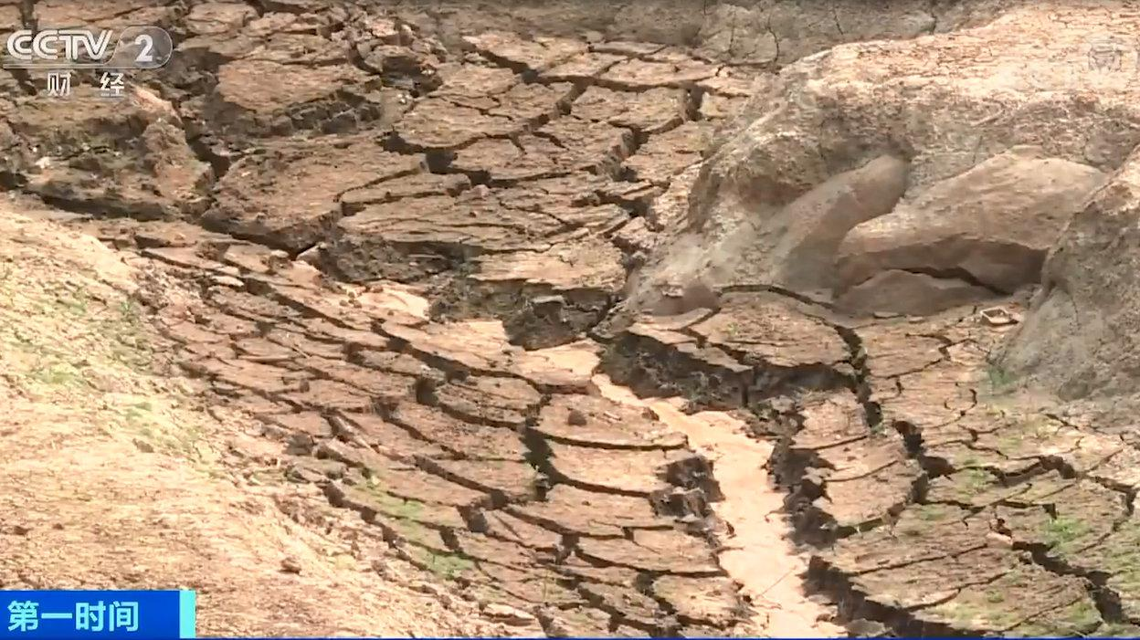 冬春连旱!云南94.5万人饮水困难 云南安排抗旱资金1.1亿