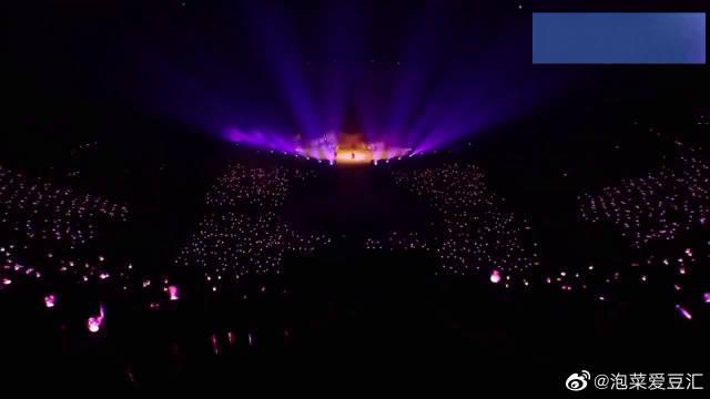 少女时代金泰妍首尔演唱会《Cover Up》,团魂炸裂啊