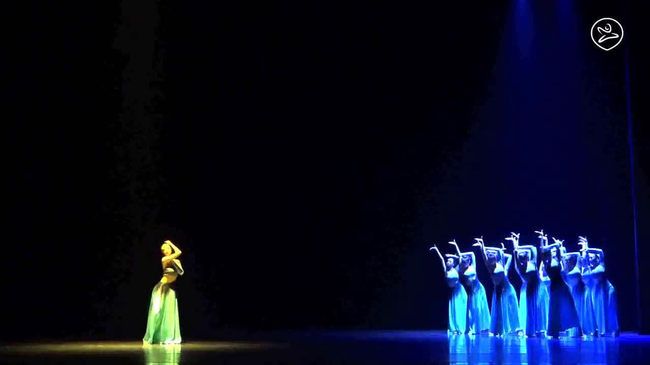 傣族舞蹈《悬月》  编导:朱律