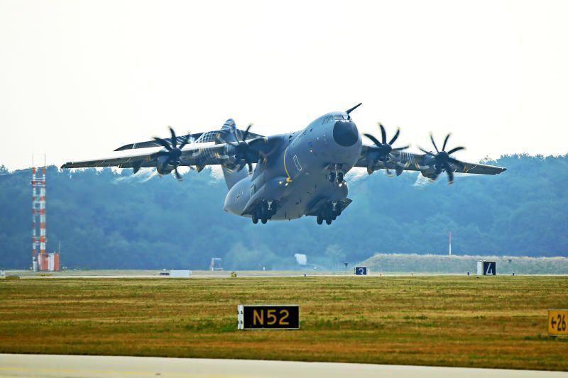 德法合作,德国空军将运送法国新冠病患至德国治疗