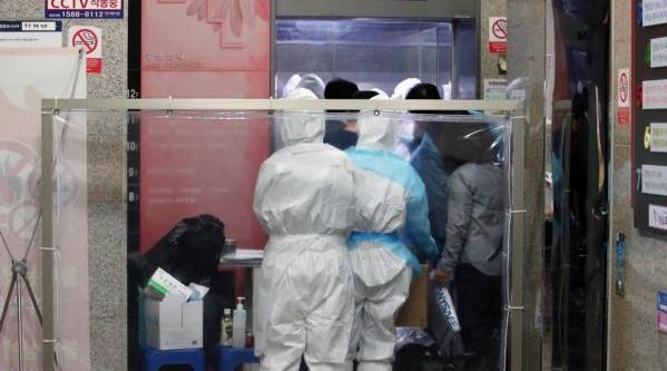 韩国大邱一精神病院群聚感染,累计133例