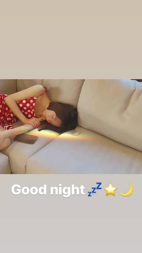 大娟@火箭少女101_段奥娟 在Instagram上翻唱了一小段阿果新单 Never