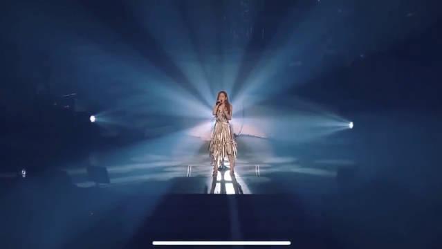 少女时代队长金泰妍《fine》现场版,十年主唱,功力不俗!作为爱豆