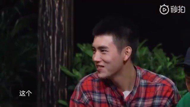 陈飞宇模仿自己老爸陈凯歌声音模仿得好像啊