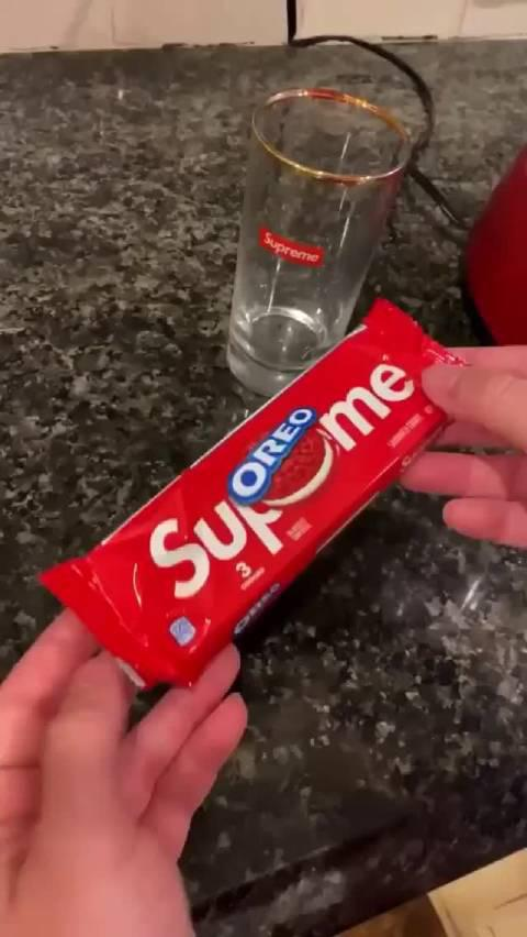 Supreme特饮