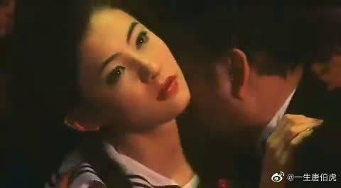 事业有成的周星驰,依然不忘对张柏芝要养她的承诺