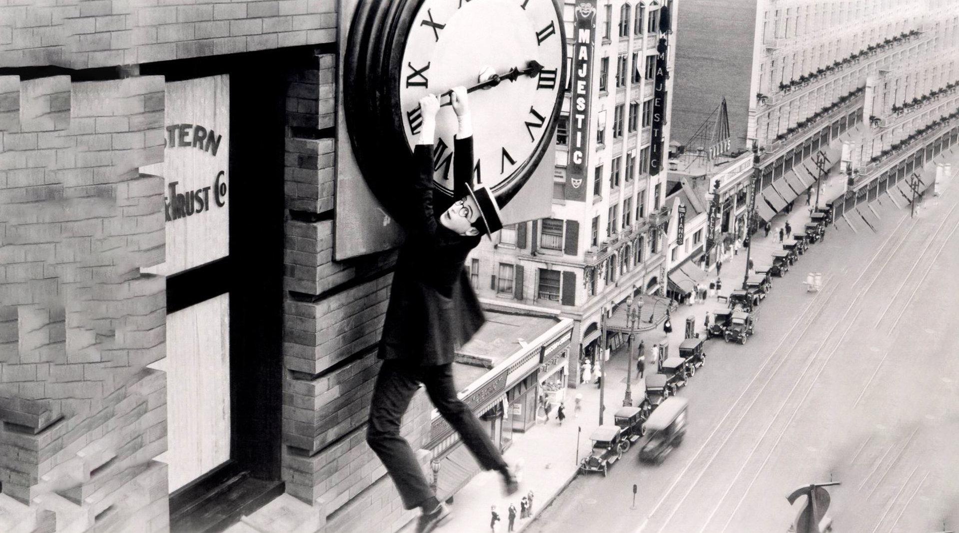 100年前的喜剧电影,你看过吗?这位大师的表演太震撼了