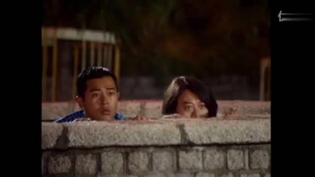 张可颐女扮男装强吻关咏荷,可惜现在看不到这么多明星同台了!