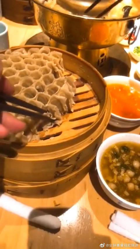 """老家特产的""""筱面"""", 女朋友却说这是没馅的饺子, 根本吃不下去!"""