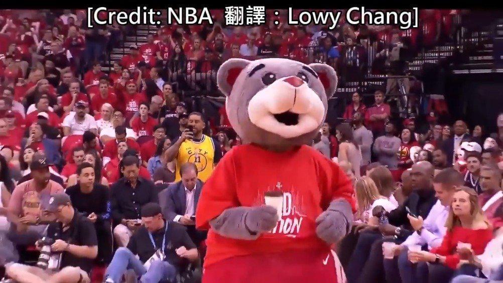 名场面:当年权力游戏的龙母亲临NBA火箭季后赛现场