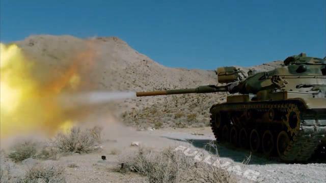 测试一下路虎能不能接住坦克一炮,真是土豪
