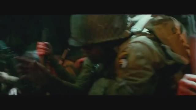 惨烈的伞兵空降行动,运输机经过高射炮阵地就是看谁运气好