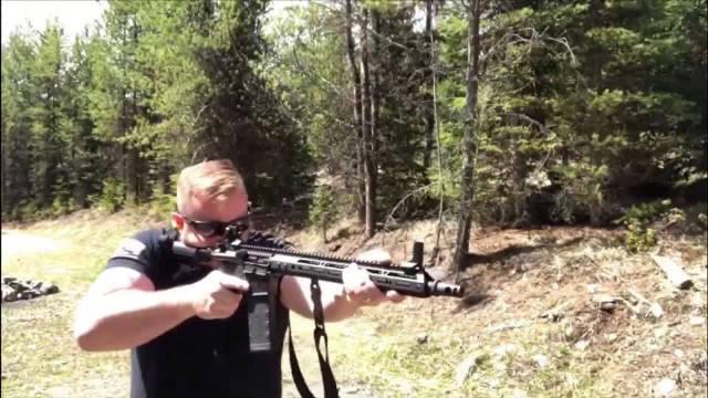 自动步枪户外靶场射击评测,不仅可靠性高,而且后坐力小!