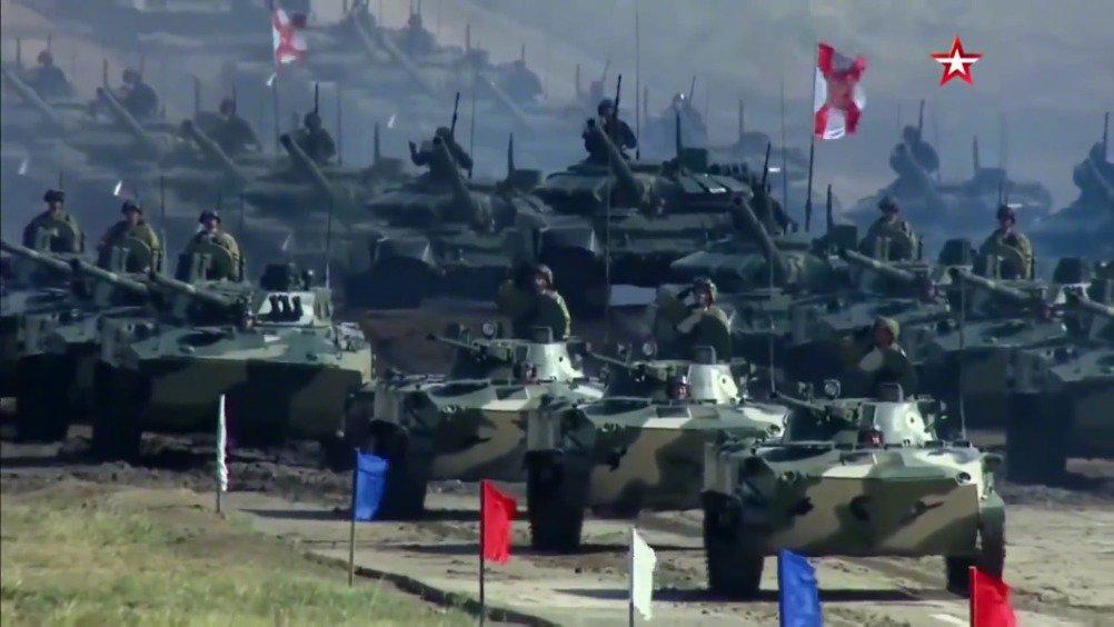 """俄中""""东方2018""""大规模战略军事演习重温"""