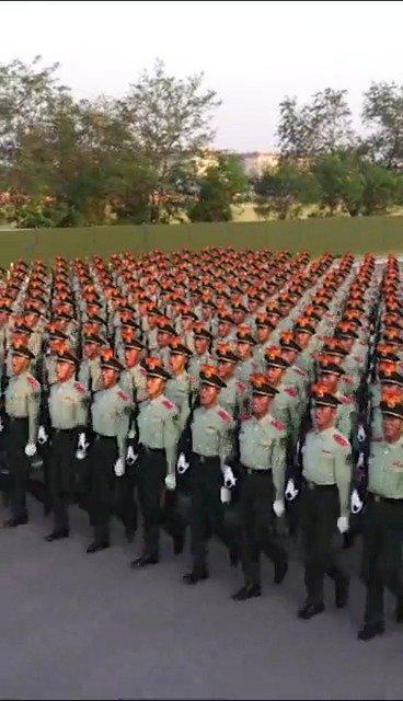 最帅天团之一,武警部队方队!.人民武警