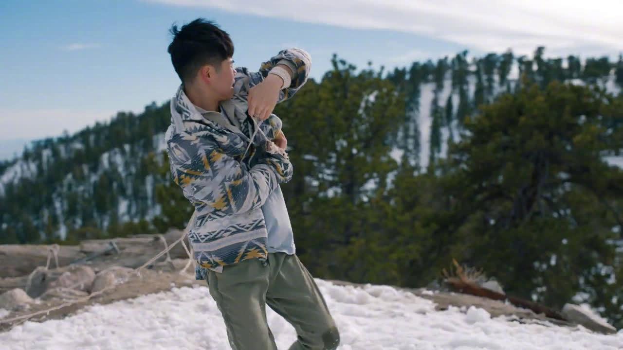 Justin Bieber新专辑歌曲《At Least For Now》舞蹈版MV首播!Sean