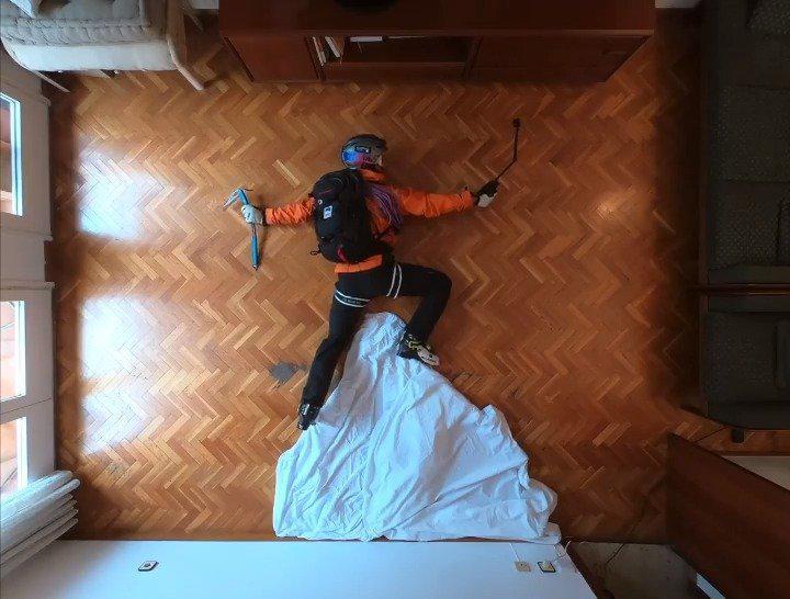 这里有个老外在家里想出门想疯了!😂 GoPro 玩家 Philipp Klein