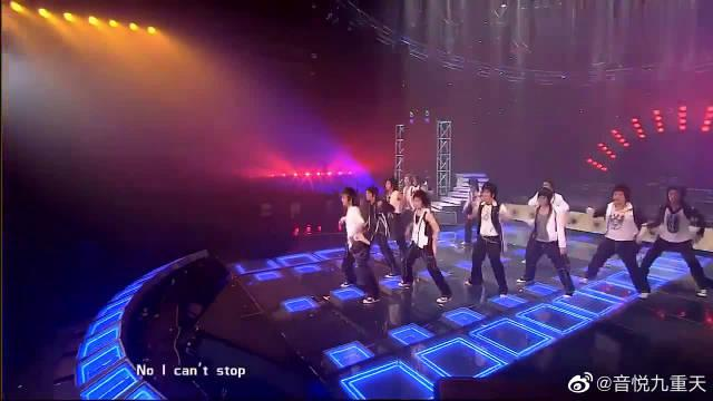 Super Junior舞蹈帅爆了,韩庚不愧是领舞担当,燃爆!