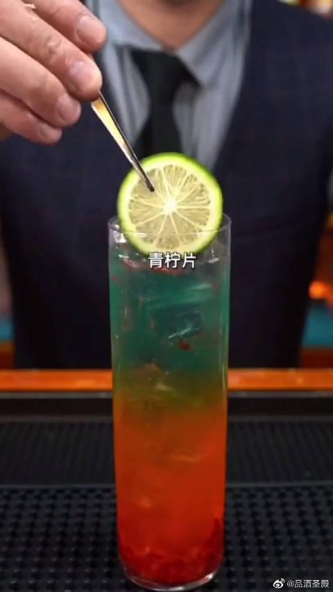 5分钟就可以调出的水果鸡尾酒,想喝的快动手吧……