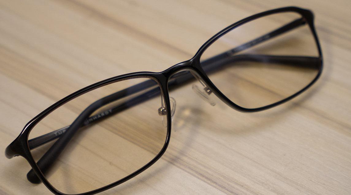 疫情期孩子在家学习 防蓝光眼镜和led台灯护视力?