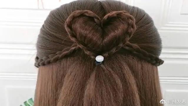 小仙女必学的唯美气质发型来了,减龄又可爱,手残党一看就会……