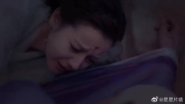 看到东华受伤,凤九哭了,太心疼了!