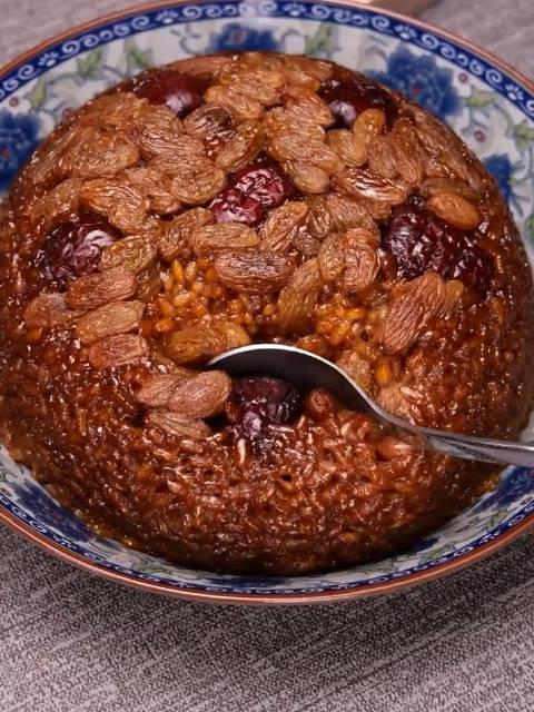 红枣糯米糕,非常滋补,一学就会,你也试试吧