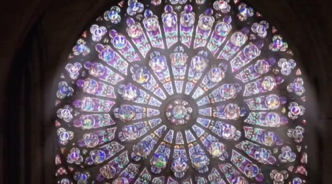 巴黎圣母院的玫瑰花窗 | 一年前……