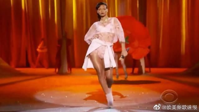 日日Rihanna大战维秘超模 欧美歌手神级LIVE