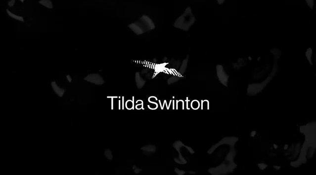 Tilda Swinton 居家录制的诗朗读小段……