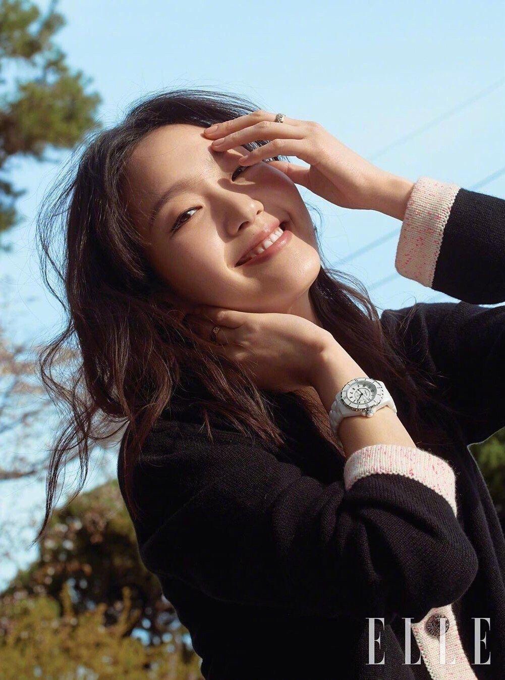 金高银✘ 登上《ELLE Korea》五月刊