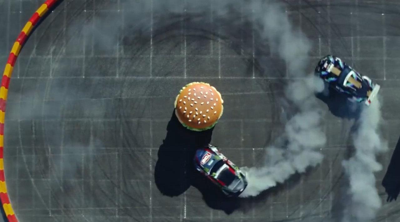 中午看点激情的,丰田Supra A90邂逅金拱门!