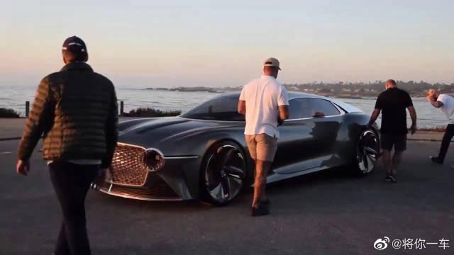 宾利EXP 100 GT概念车,这也太科幻了,剪刀门让人过目不忘