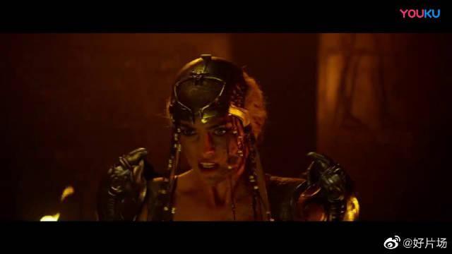 X战警·天启:埃及秘术,遭变种人袭击,美女舍身帮法老完成转移!