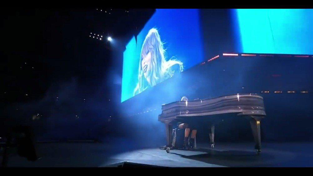 回顾Taylor Swift & Robbie Williams ——《Angels》live