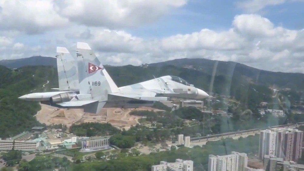 """能对美国""""后院""""构成直接威胁委内瑞拉苏-30MK2战斗机"""