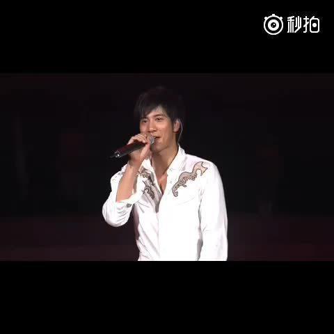 2006年盖世英雄巡演台北小巨蛋场……