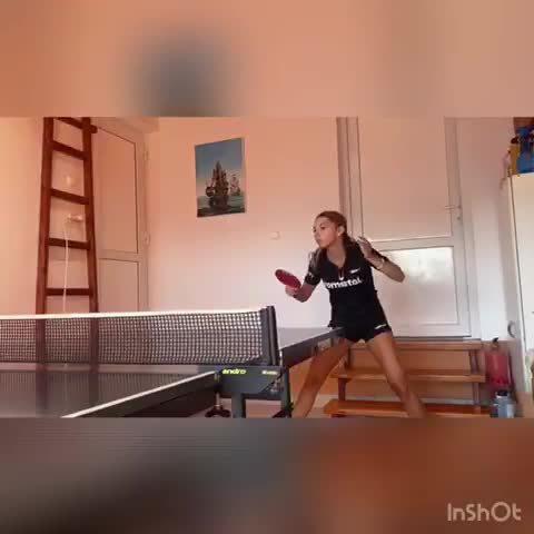 罗马尼亚的斯佐科斯在家训练 乒乒乓乓...