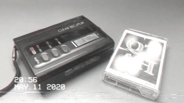 🦁 200511 推主把QTAH音源录到磁带里📼 用复古感性聆听马克rap📻