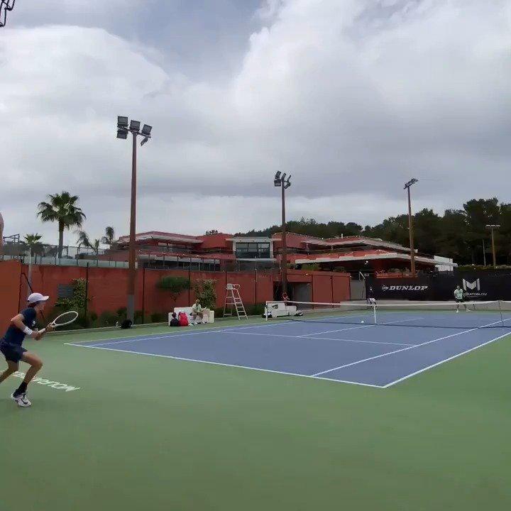 西西帕斯和辛纳在莫拉托格鲁网校训练🎾