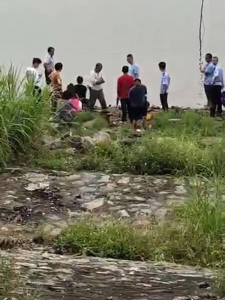 坐标潮州市湘桥区古美村 今早7点左右一女子在韩江轻生……