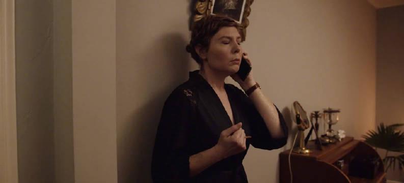 《雷霆沙赞》《安娜贝尔2》《关灯后》导演大卫·F·桑德伯格和妻子洛塔·洛斯滕又拍了个恐怖短片《Not