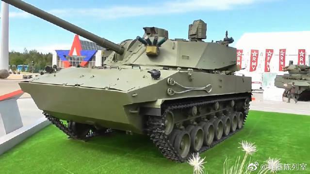 """2S42""""莲花""""120毫米履带式自行迫击炮是为俄罗斯空降部队和""""海军步兵""""研制的"""