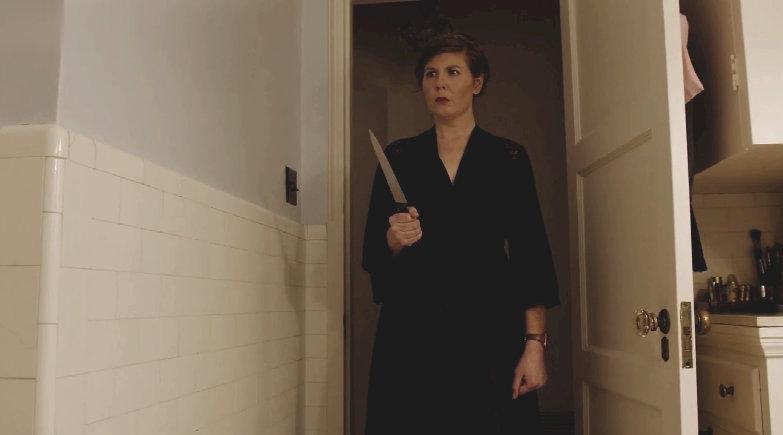 《安娜贝尔2》导演大卫·F·桑德伯格宅在家拍摄的第二支恐怖微电影《你不是独自一人》